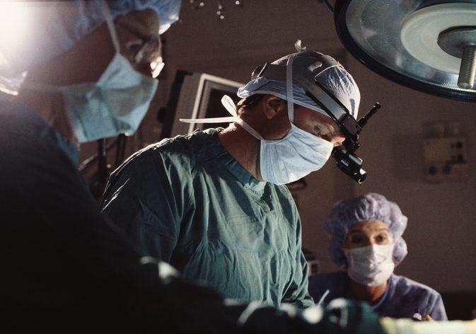 Хирурги опять